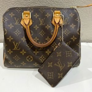 Louis Vuitton Speedy 25- cles not included